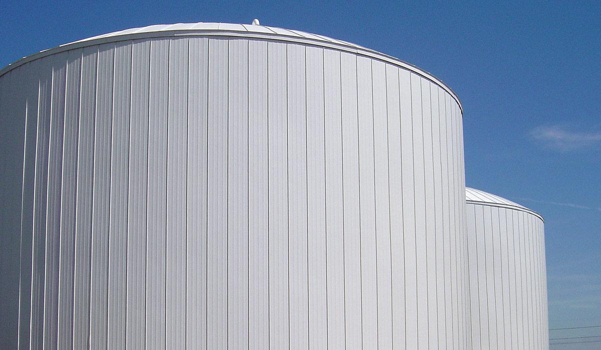 insulated storage tanks